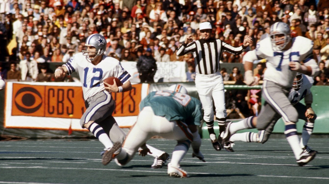 Staubach makes history against Dolphins