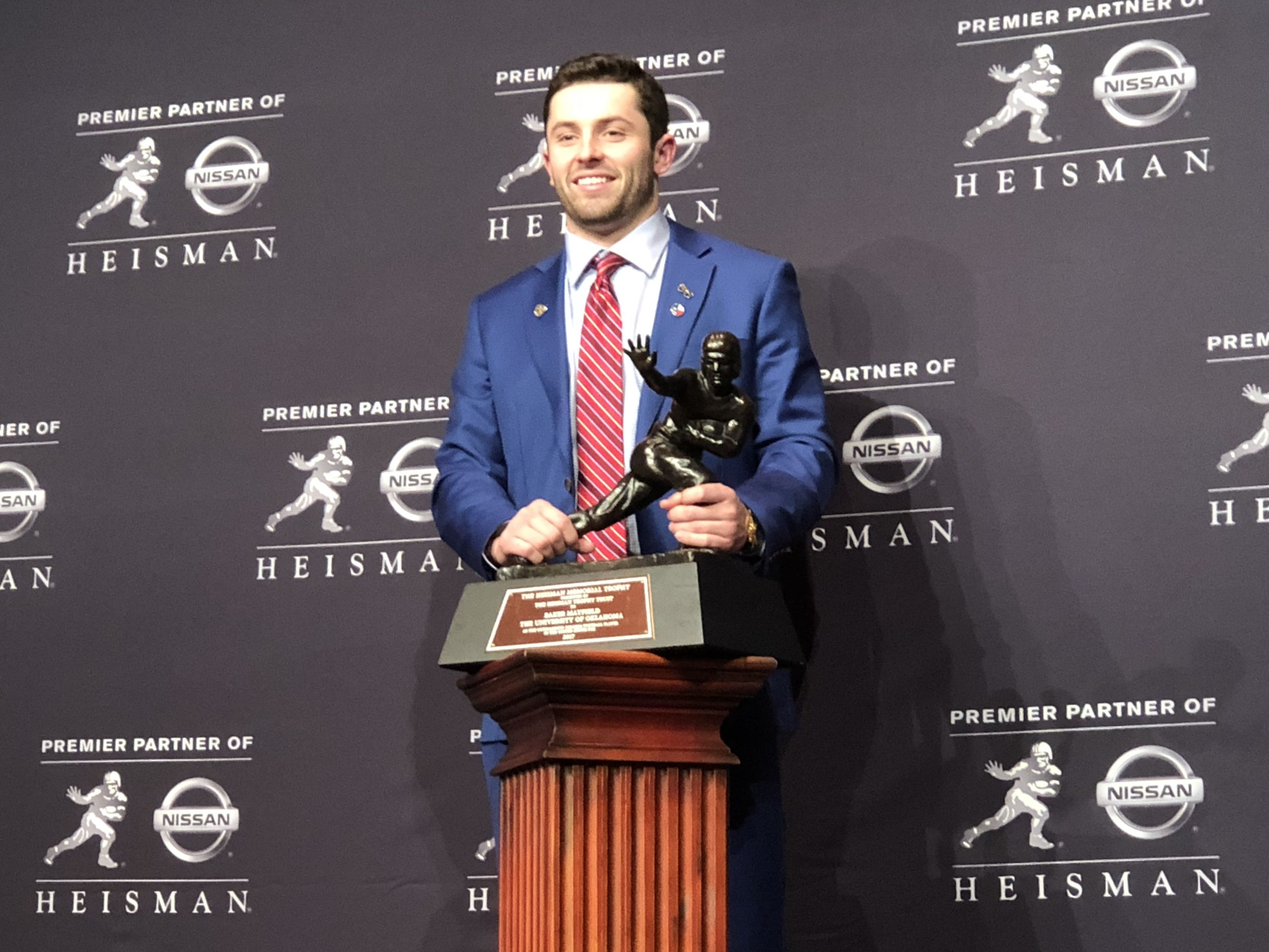 Hanging with his Heisman