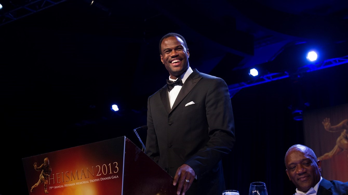 NBA Great David Robinson honored as 2013 Heisman Humanitarian Winner
