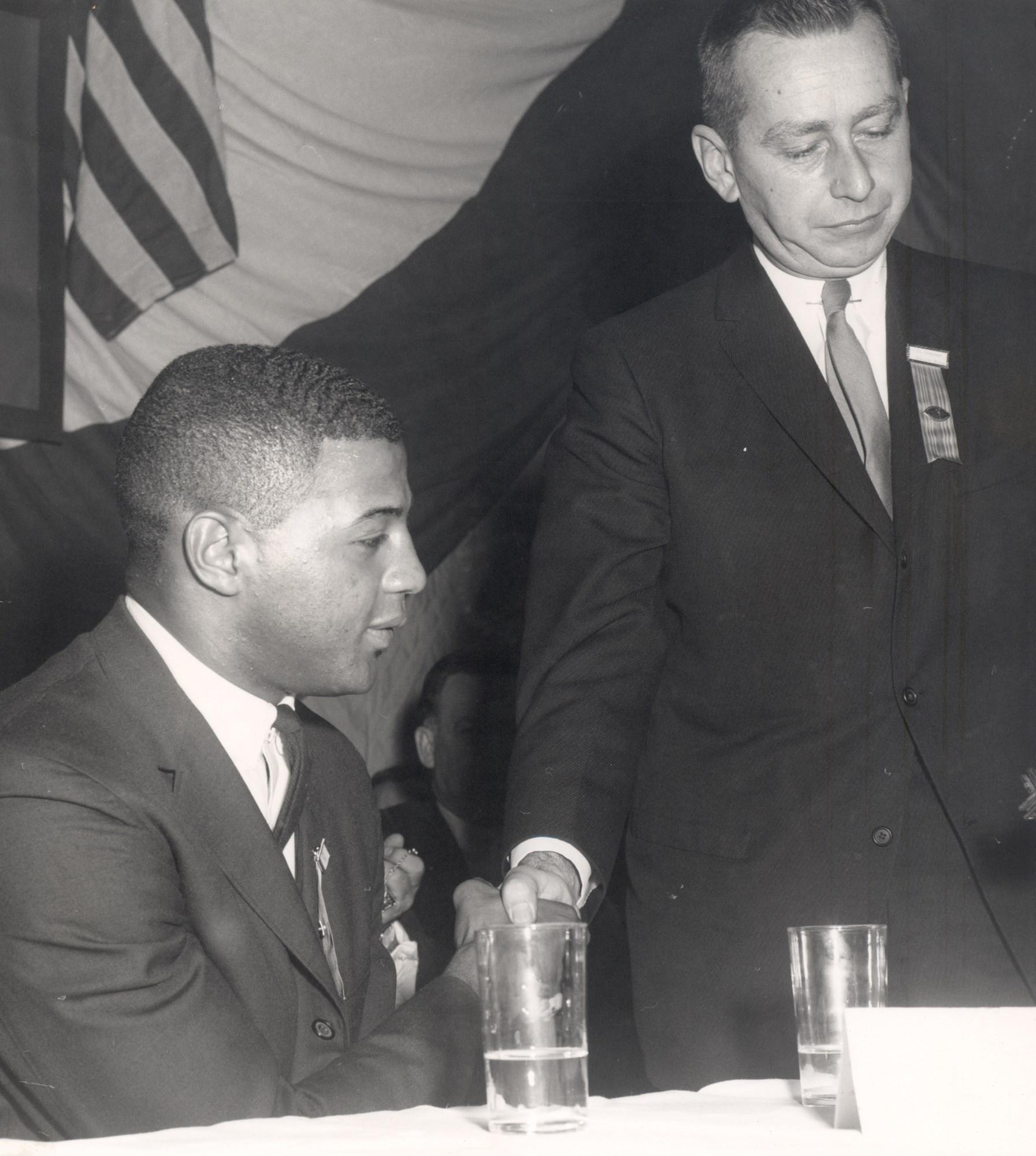 Ernie Davis - Heisman Winner 1961 - Syracuse University