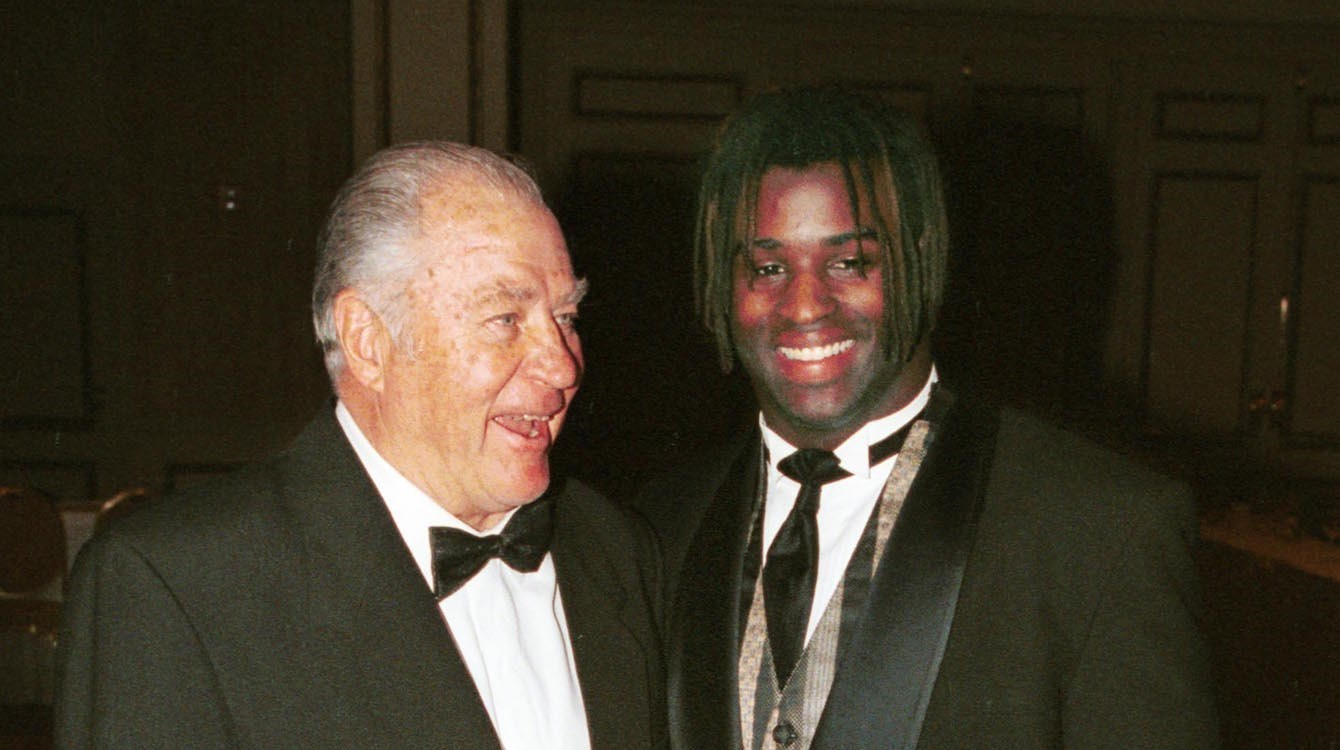Ricky honors Doak, rushes for 350